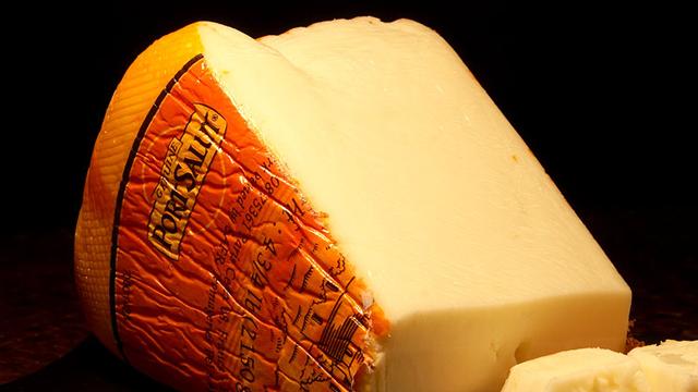 сыр стонущий