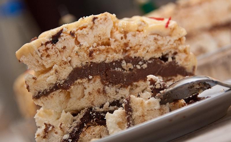 Торт с бизе